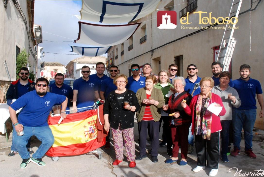 Ni Toledo, ni Lagartera, ni Camuñas. Así es una parte de el «Corpus Christi de El Toboso», solemne, popular y lleno de fe
